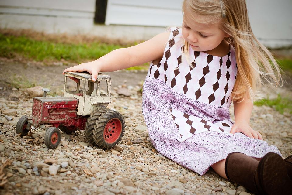 Country, Farm, Farm Girl, Farm House, Little Girl