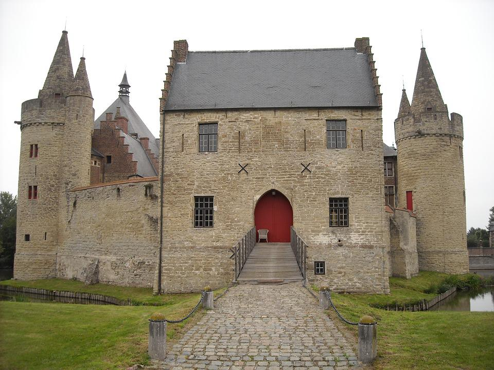 Castle, Lock, Medieval, Moat, Fortress, Gatehouse