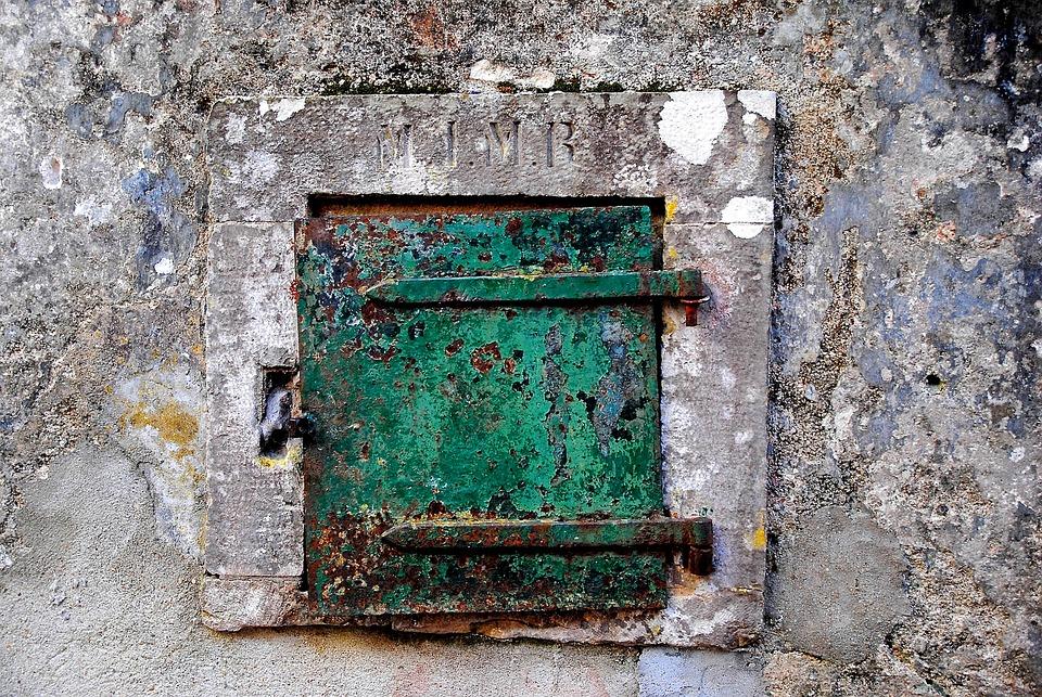 Window, Shutter, Locked, Closed, Hauswand, Toreingang