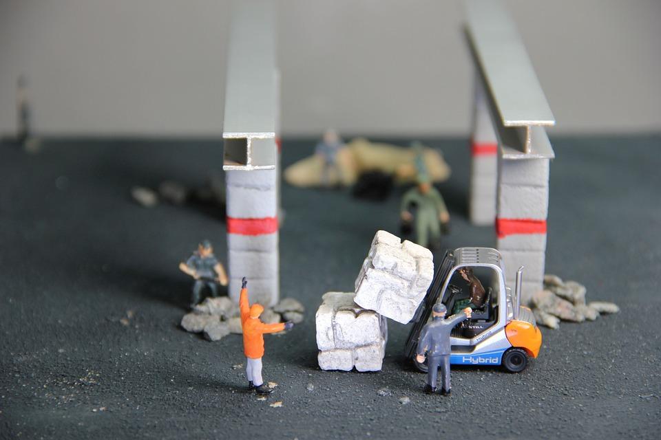 Craft, Steel Beams, Miniature Figures, Locksmith