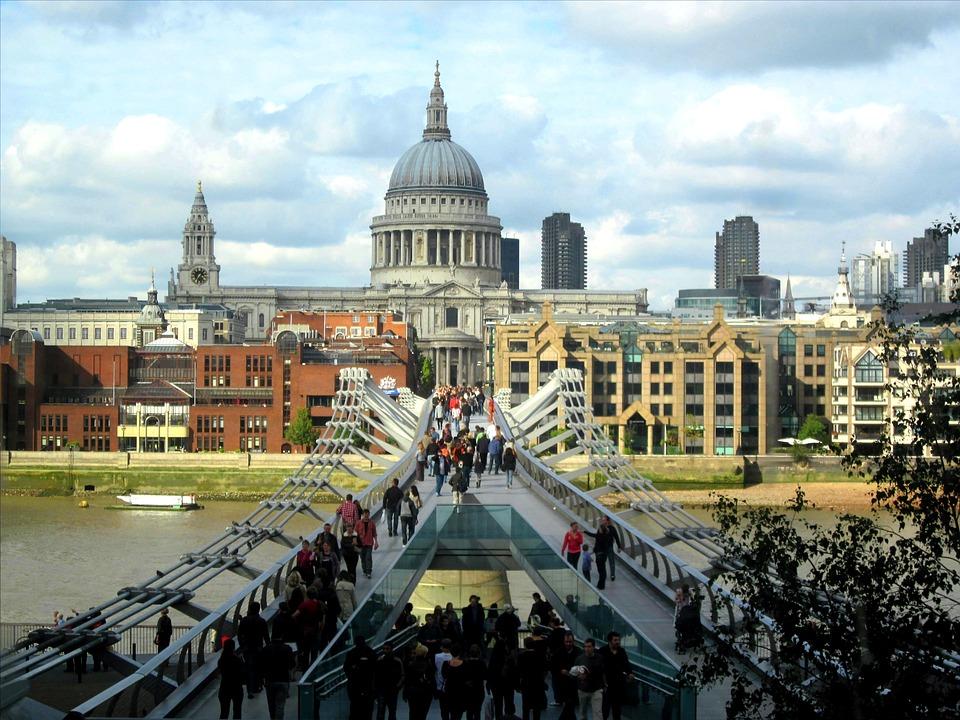St Paul's Cathedral, Millennium Bridge, Thames, London