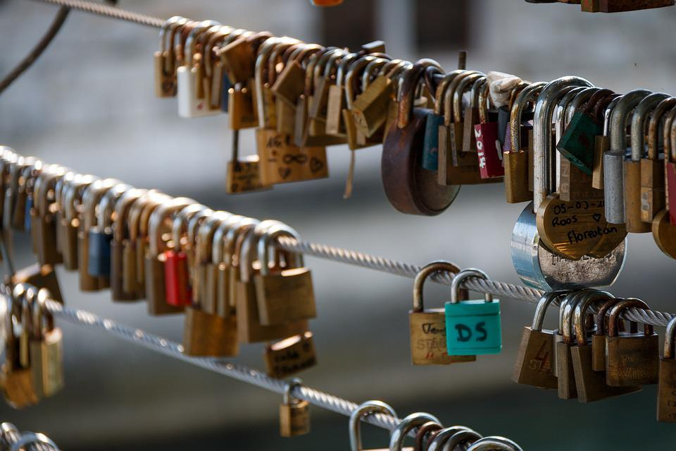 Lock, Padlock, Dear, Crowded, Romantic, Common, Love