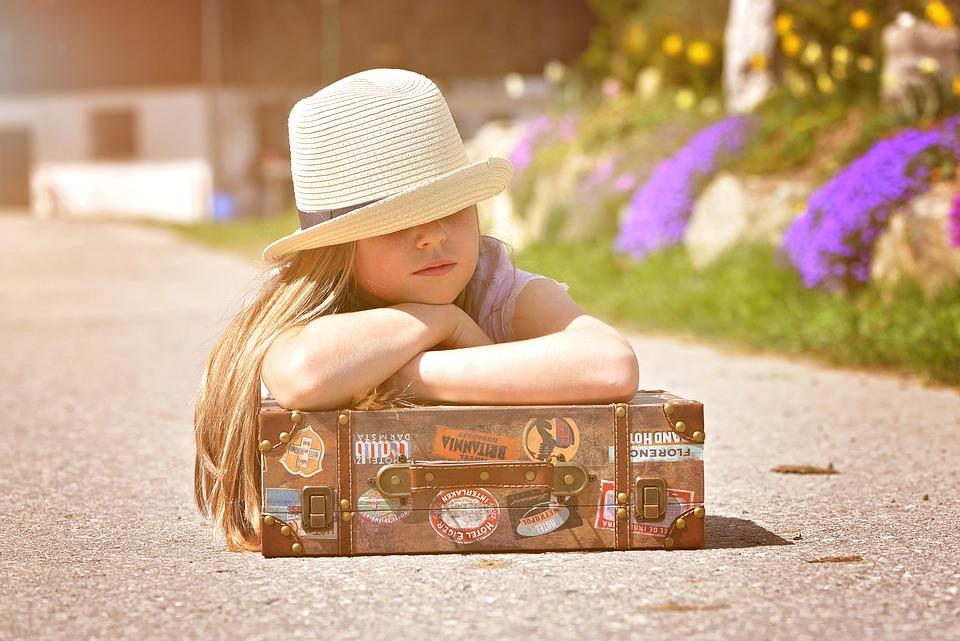 Human, Child, Girl, Hat, Luggage, Road, Sun, Portrait