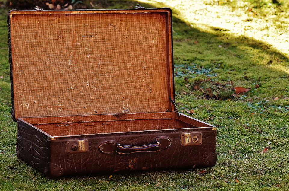 free photo luggage old suitcase antique leather junk max pixel