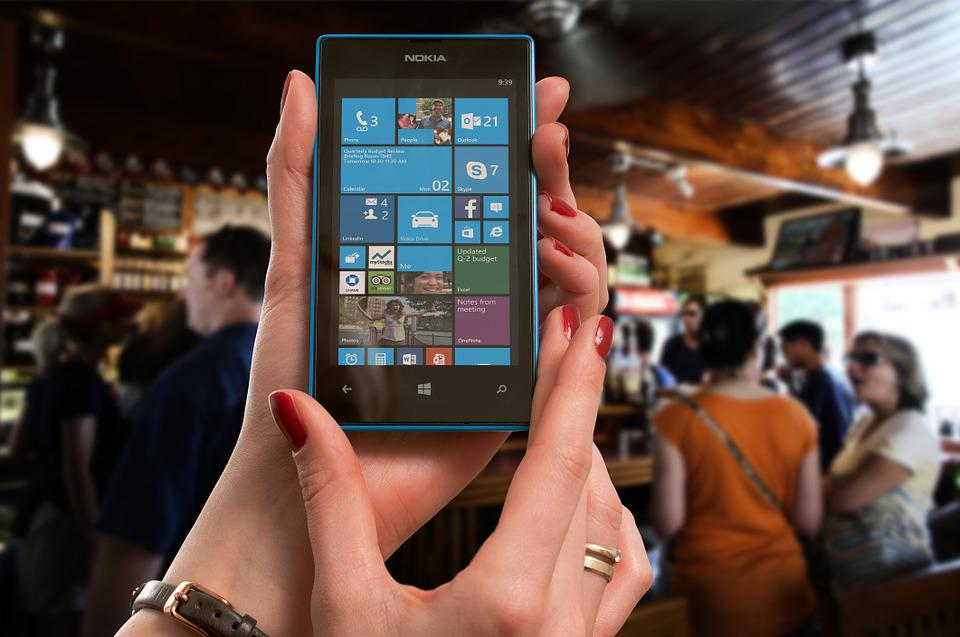 Nokia, Lumia, Microsoft, Woman, Bar, Phone, Smartphone