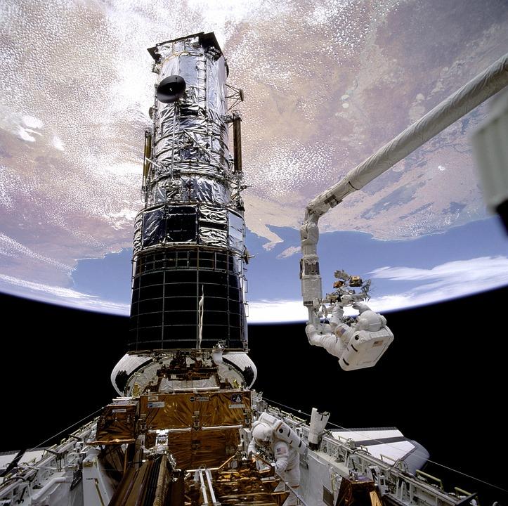 Astronaut, Nasa, Module, Lunar, Earth, Clouds, Sky