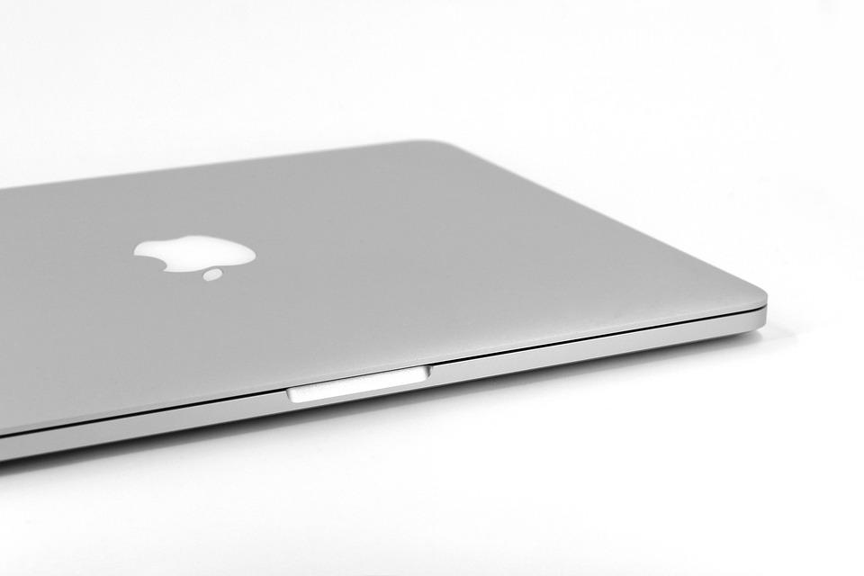 free photo mac portable laptop apple imac macbook pro max pixel. Black Bedroom Furniture Sets. Home Design Ideas