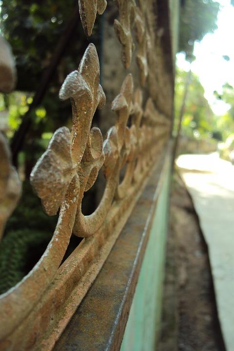 Gate, Old Gate, Rusty Gate, Macro Effect, Warm Day