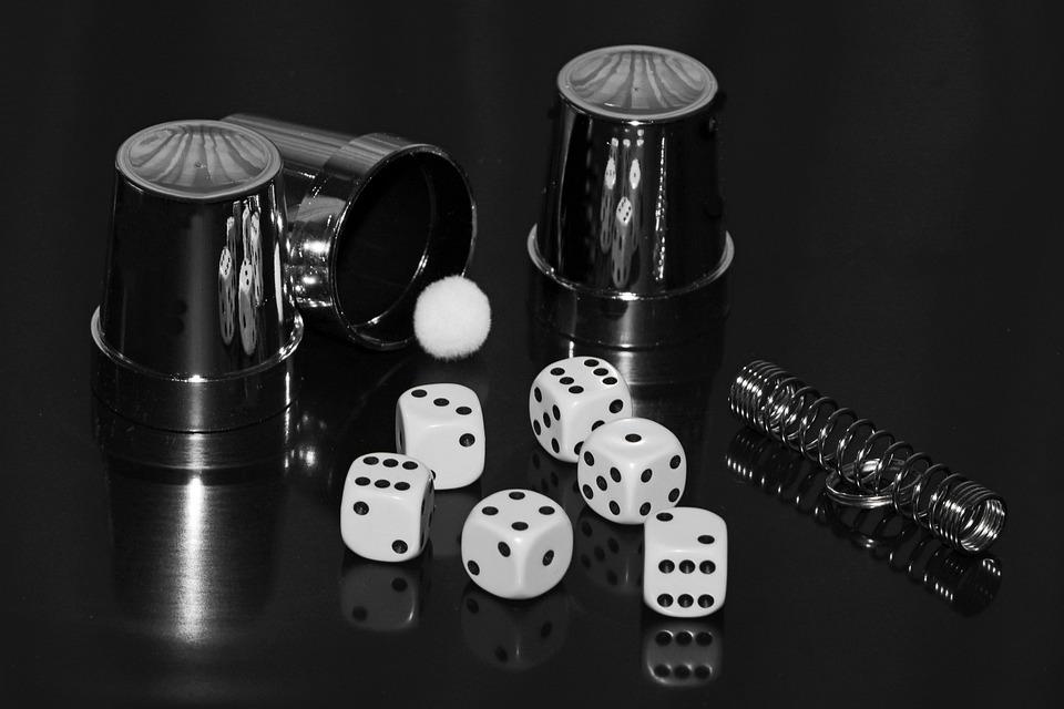 Cube, Hat Trick, Ball, Cup, Guess, Secret, Magic Trick