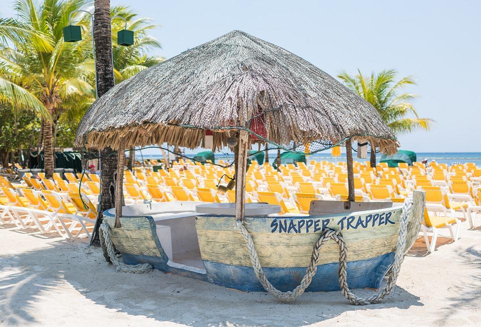 Boat, Beach, Decoration, Mahogany Bay, Roatan, Travel