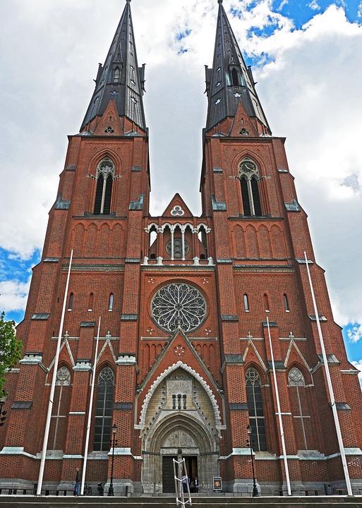 Uppsala Cathedral, Main Portal, Towers