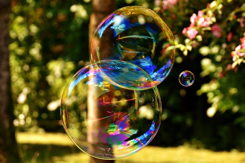 Soap Bubble, Huge, Large, Make Soap Bubbles, Wabbelig