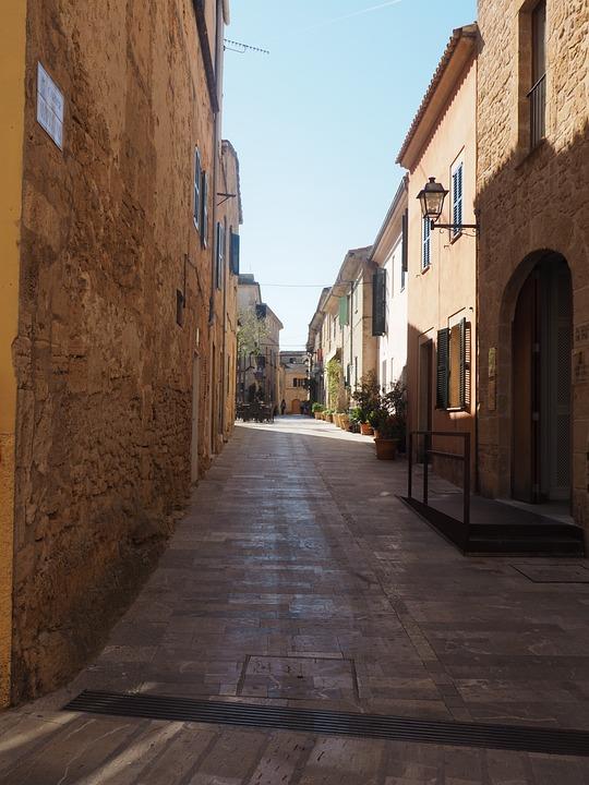Alcudia, Mallorca, Spain, Alcúdia, Road, Alley, Facades