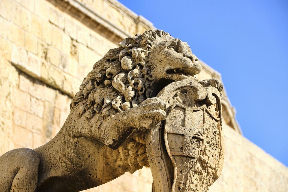 Sand Stone, Coat Of Arms, Lion, Statue, Malta, Mdina