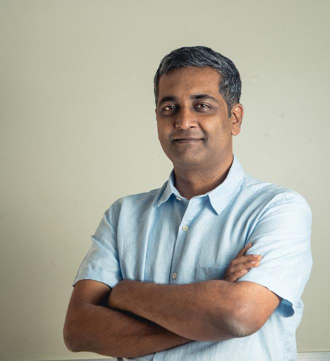 Rishi Gangoly, Man, Indian, Professional, Male