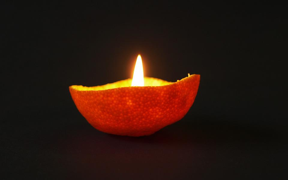 Mandarin, Shell, Candle, Light Rays, Light, Fruit