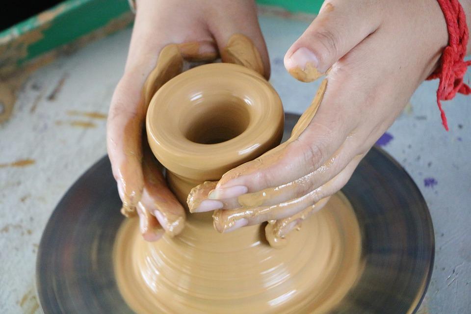 Clay Sculpture, Manual, Manufacture