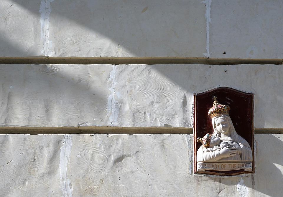 Maria, Sculpture, Wall