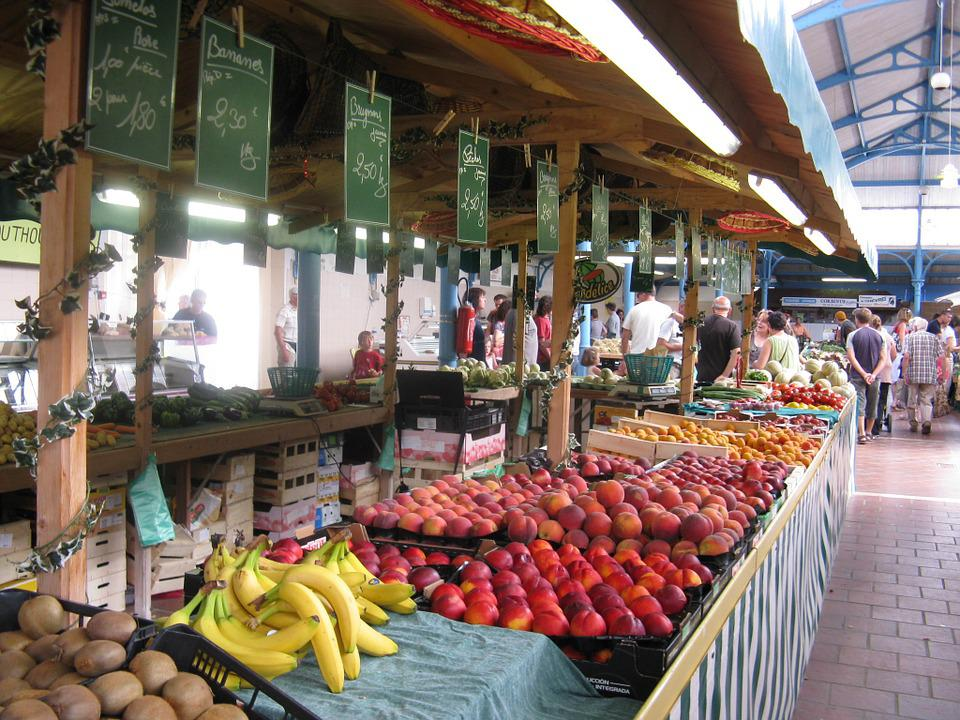 France, Market, Fruit, Food, Bananas, Peaches, Apricots