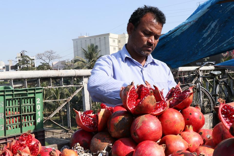 Pomegranate, Pomegranate Shop, Fruit, Fresh, Market
