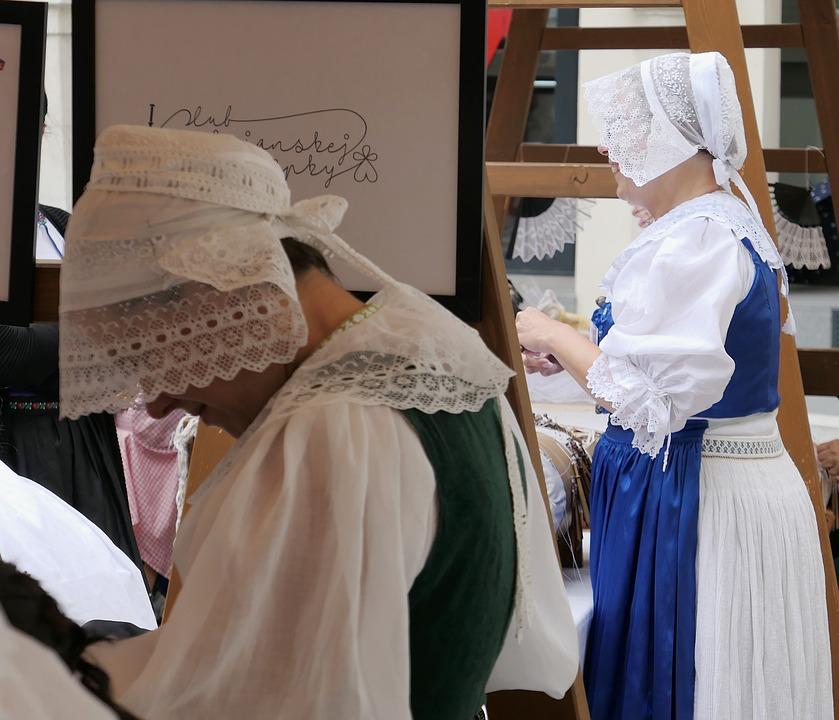 Costumes, Historically, Market, Historical Market