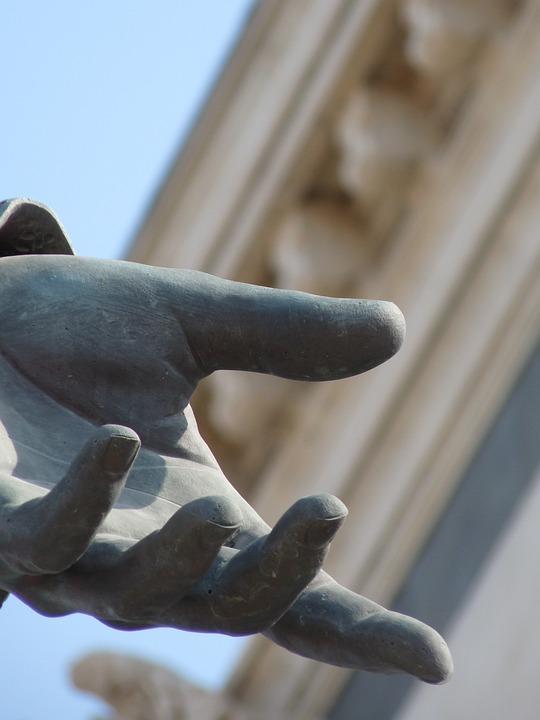 Marseille, Statue Hand, Bronze