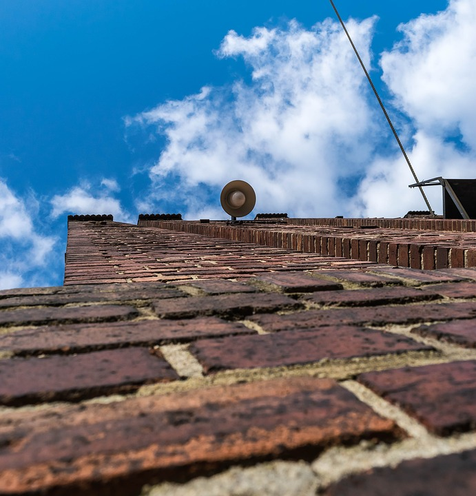 Wall, Brick, Red, Bricks, Masonry, Sky, Blue, Lamp