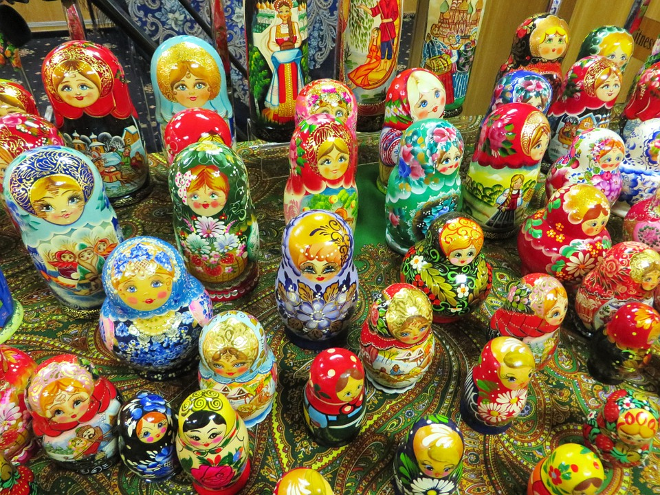 Matrioshkas, Folklore, Market