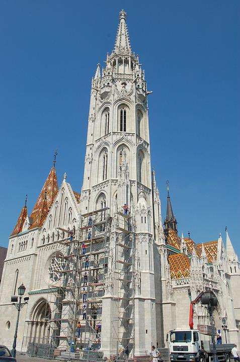 Matthias Church, Budapest Macasi Temple