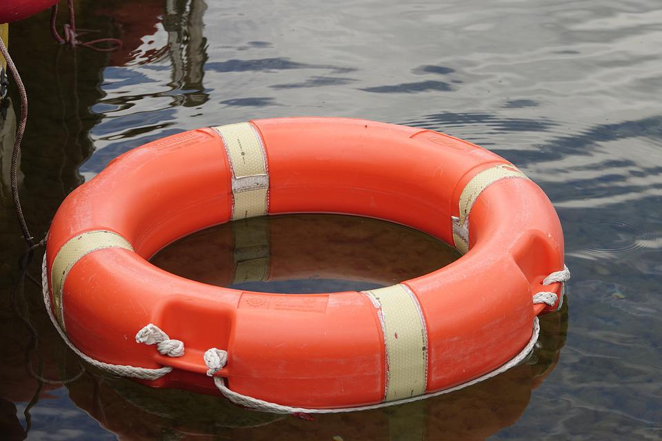 Lifebelt, Mature, Water, Help, Water Rescue, Drowning