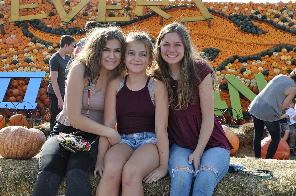 Teens, Corn Maze, Fall, Girls, Teenagers, Farm, Maze