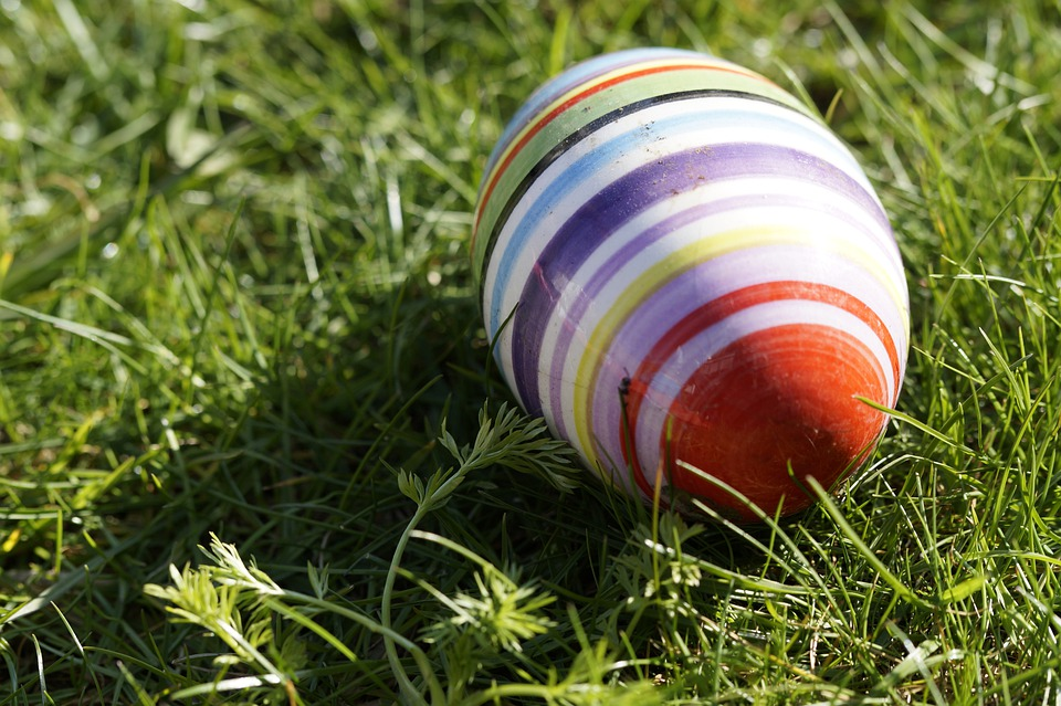 Easter Egg, Meadow, Spring, Easter Bunny, Easter, Lost