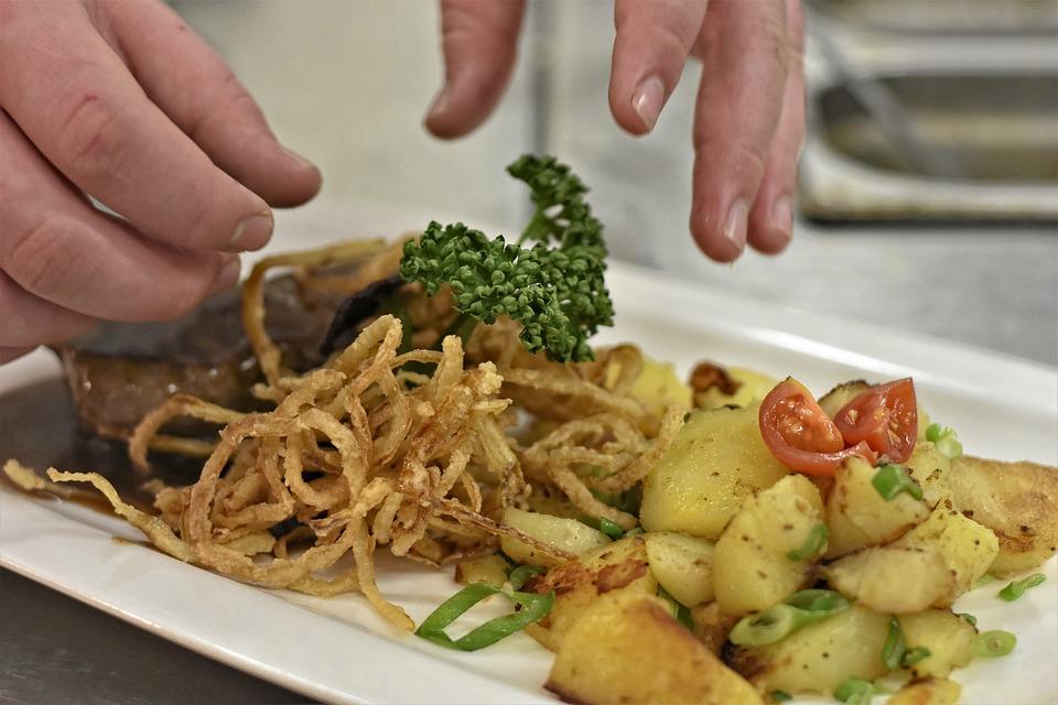 Eat, Kitchen, Onion Roast, Meat, Onions, Fried Potatoes