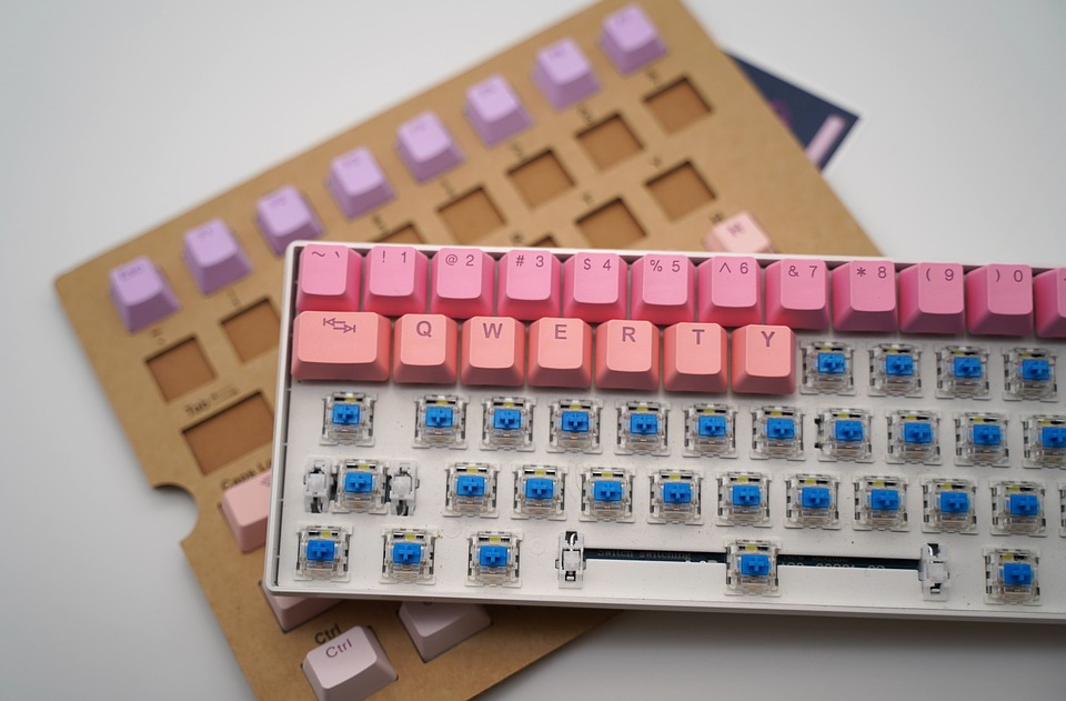 Mechanical Keyboard, Cherry Keycap, Gradient Color