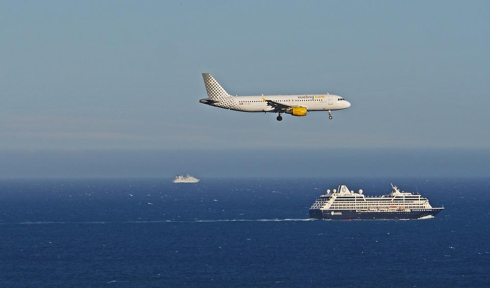 Landing Cruise Ship Mediterranean Nice Shipping