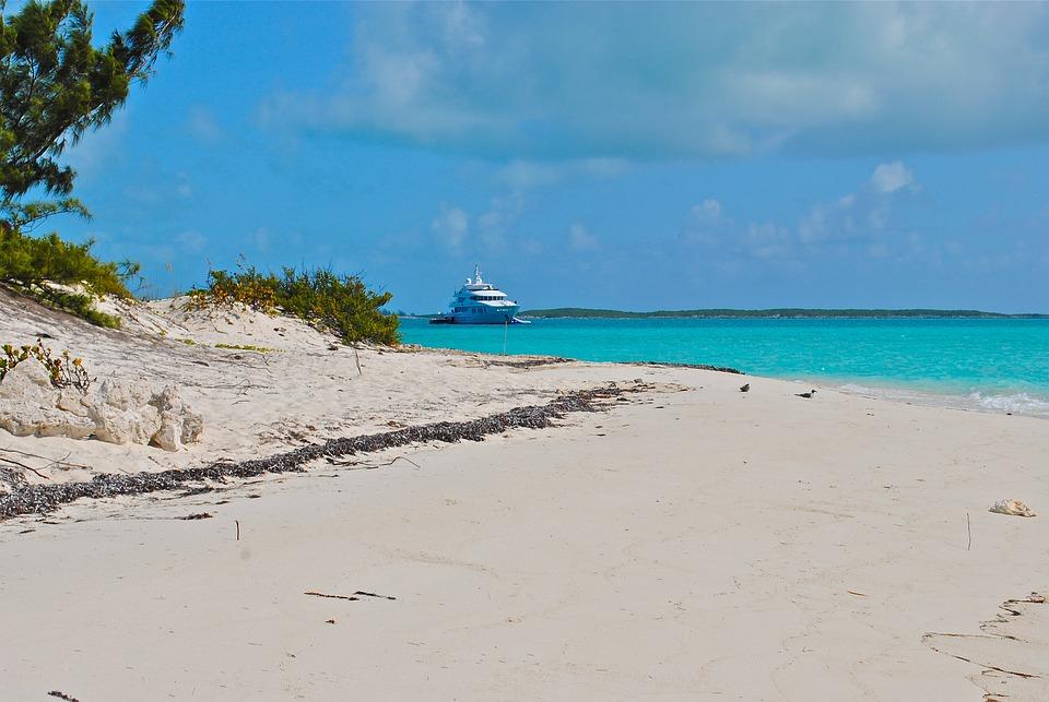 Exumas, Bahamas, Megayacht, Yacht, Yachting, Boating