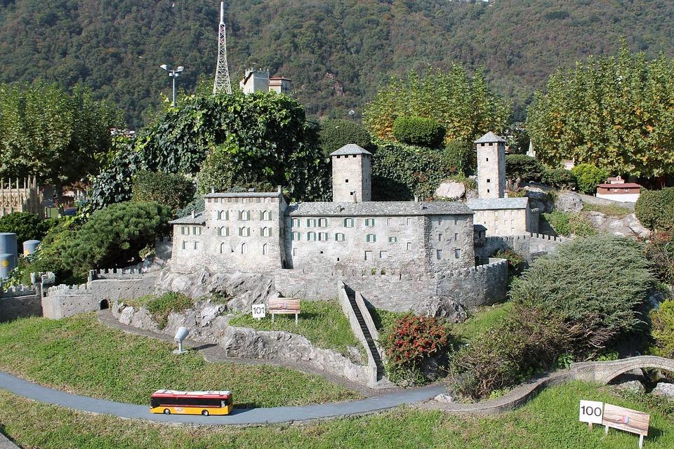 Bellinzona, Castelgrande, Swissminiatur, Melide