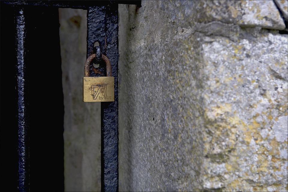 Padlock, Gate, Closed, Iron, Lock, Metal, Rusty