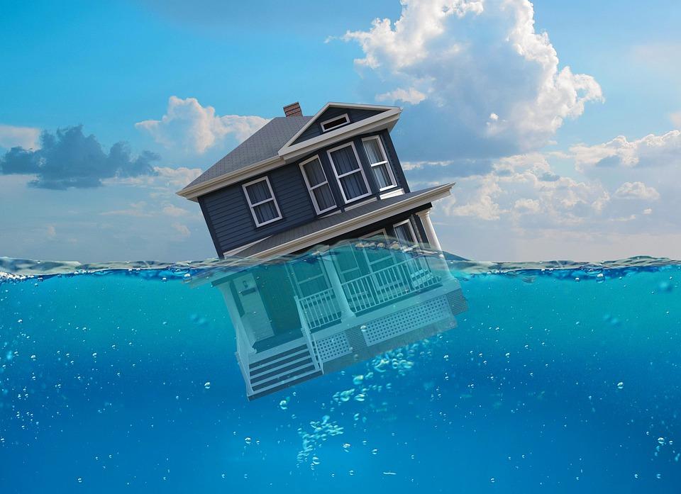 Sinking, House, Real Estate, Market, Tanking, Metaphor