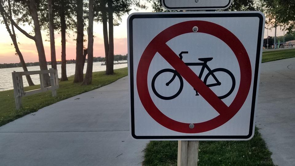 Public Sign, Michigan, Lake, Sunset, Lakefront