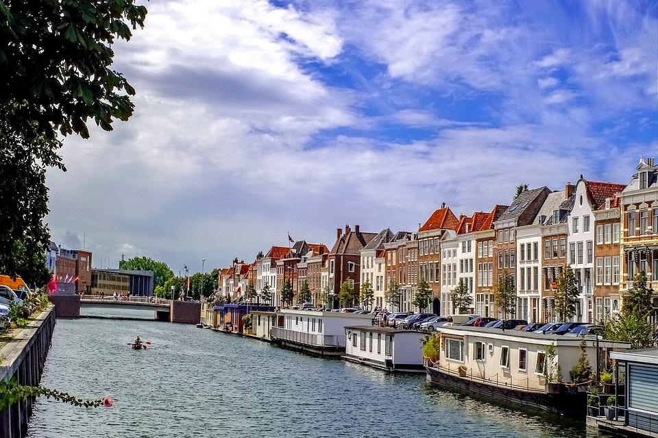 Canal, Building, Middelburg, Middelbourg, Netherlands