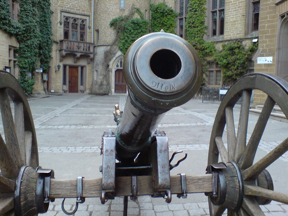 Gun, Hohenzollern, Middle Ages