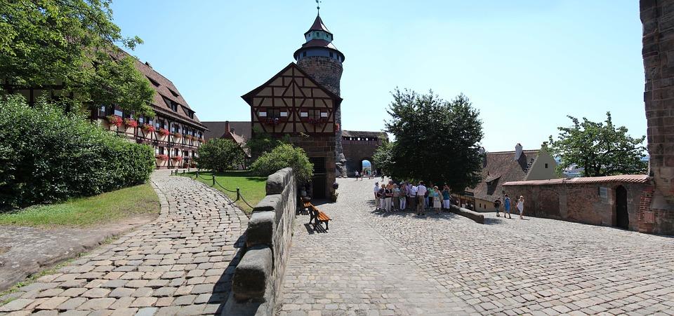 Nuremberg, Castle, Burghof, Middle Ages
