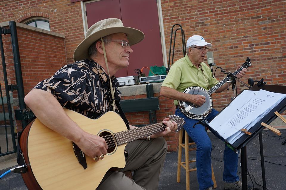 Farmers Market, Musicians, Guitar, Banjo, Midwest