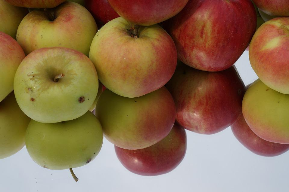 Apple, Mirrored, Shiny, Frisch, Red Apple, Fruit