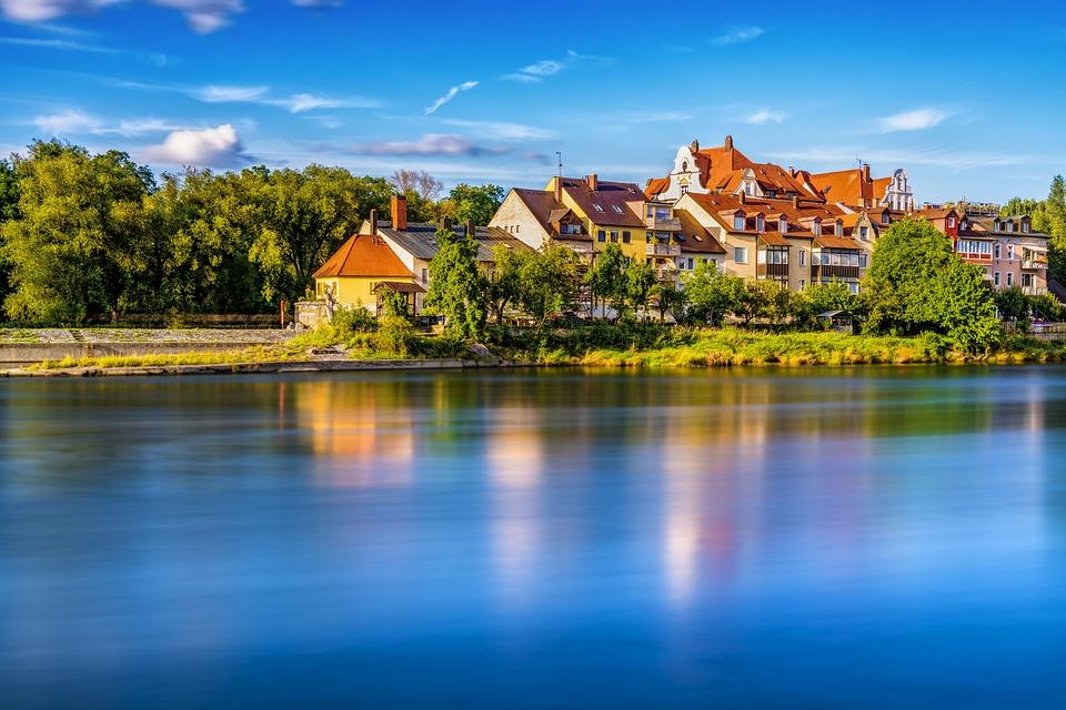 Danube, Regensburg, Homes, Mirroring, Reflections