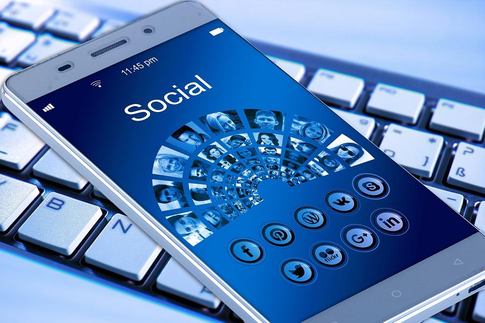 Mobile Phone, Smartphone, Keyboard, App, Internet