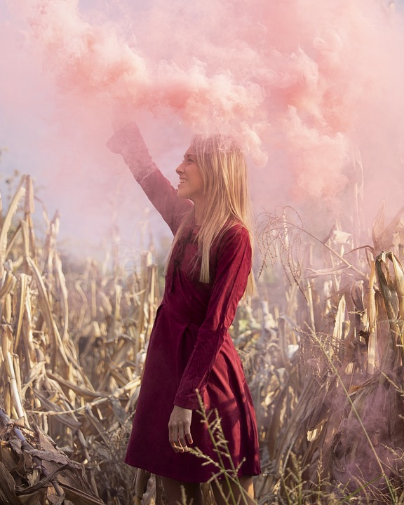 Girl, Smoke, Pink, Model, Shooting, Wallpaper, Sfondo