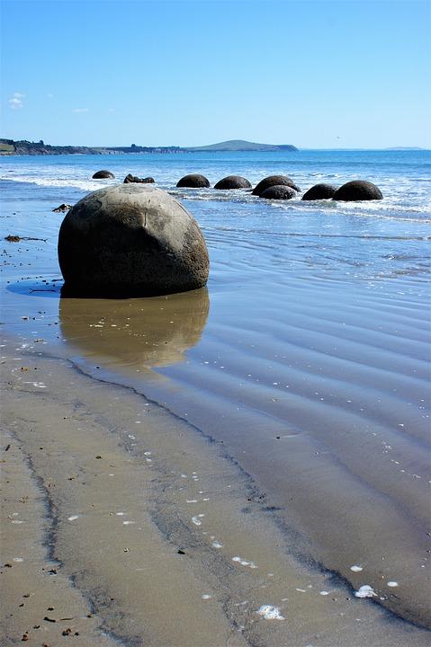 Moeraki Boulders, New Zealand, Beach