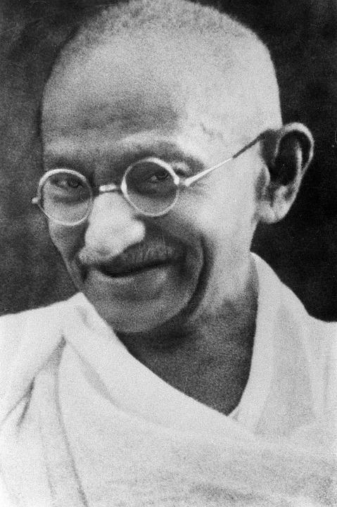 Pacifist, Mahatma Gandhi, Mohandas Karamchand Gandhi